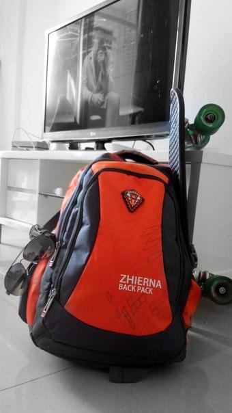 Скейт в сумке